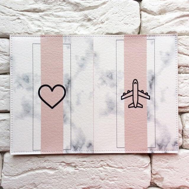 Фото разворот паспортная обложка Самолет мрамор. Коллекция обложек Путешествуй!