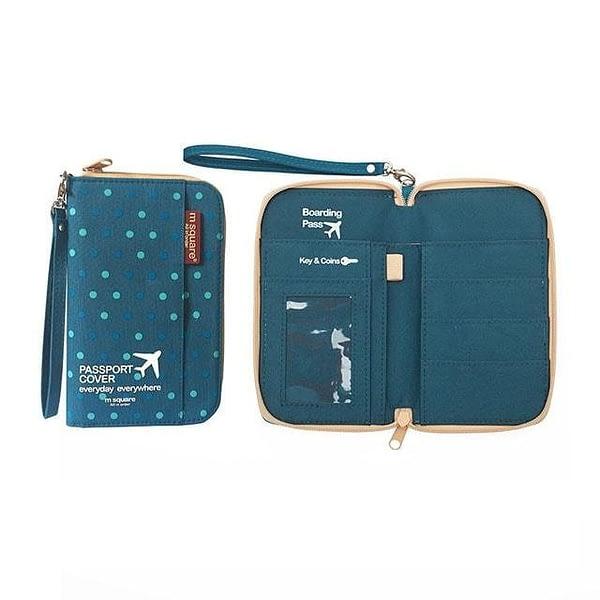 DOP-046 Компактный органайзер для документов, посадочных талонов, билетов, купюр и паспортов синий в горошек фото в развороте