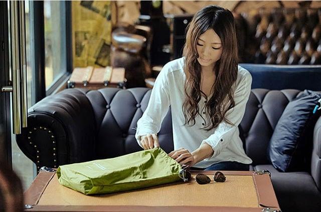 MS-013 Набор зеленых водонепроницаемых мешочков для белья фото в использовании 2. Товары для отдыха. Интернет-магазин В Отпуск