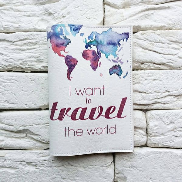 Фото анфас паспортная обложка I want to travel the world. Коллекция обложек Путешествуй!