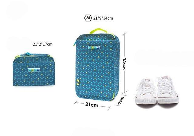 Фото все размеры чехла для обуви в ромбик размер М для женской и спортивной обуви. Товары для отдыха. Интернет-магазин В Отпуск