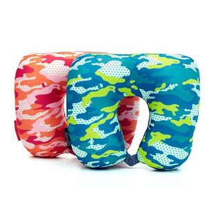 Фото варианты расцветки дорожной подушки милитари. Товары для отдыха. Интернет-магазин В Отпуск