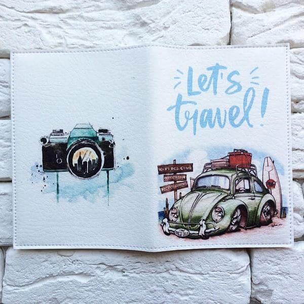 Фото разворот паспортная обложка Машина на пляже. Коллекция обложек Путешествуй!