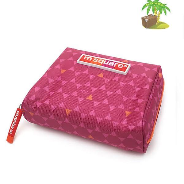 Фото сбоку косметички для прокладок и тампонов розовый ромб. Товары для отдыха. Интернет-магазин В Отпуск