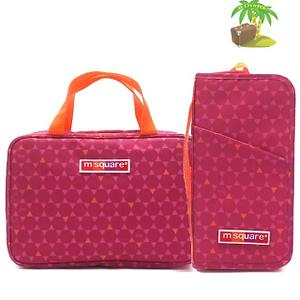 Главное фото подарочный набор косметичка с вешалкой и паспортный органайзер розовый ромб. Товары для отдыха. Интернет-магазин В Отпуск