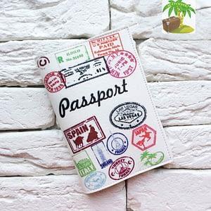 Главное фото паспортная обложка Турист. Коллекция обложек Путешествуй!