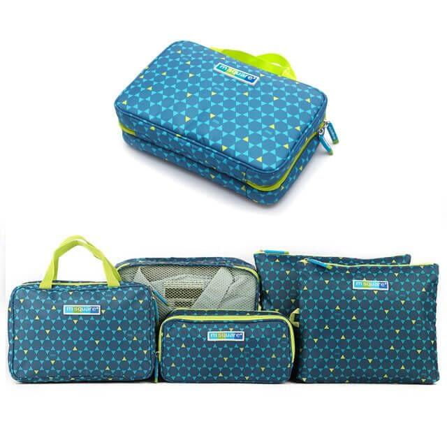 Фото косметичка с вешалкой - часть коллекции сумочек в синий ромбик