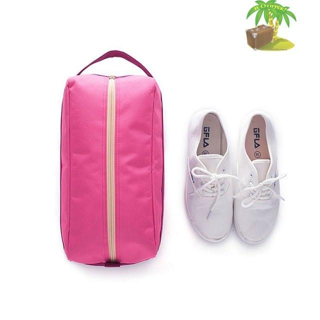 Фото розовый тканевый чехол для обуви и кроссовки. Товары для отдыха. Интернет-магазин В Отпуск