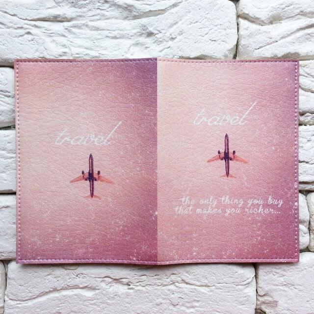 Фото разворот паспортная обложка Самолет лети розовая. Коллекция обложек Путешествуй!