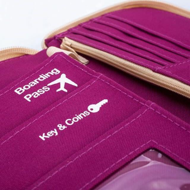 Фото ткань разворота розового дорожного органайзера для документов. Товары для отдыха. Интернет-Магазин В Отпуск