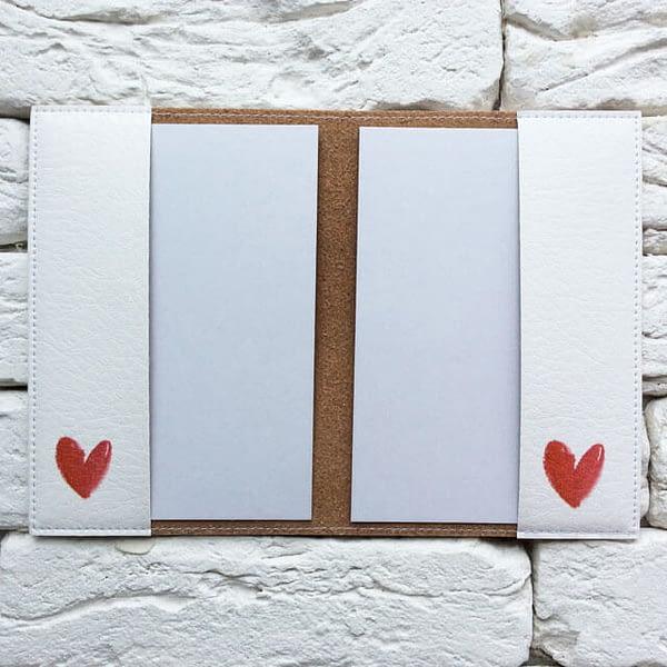 Фото внутри паспортная обложка Red Heart. Коллекция обложек для загранпаспорта Сердечки!