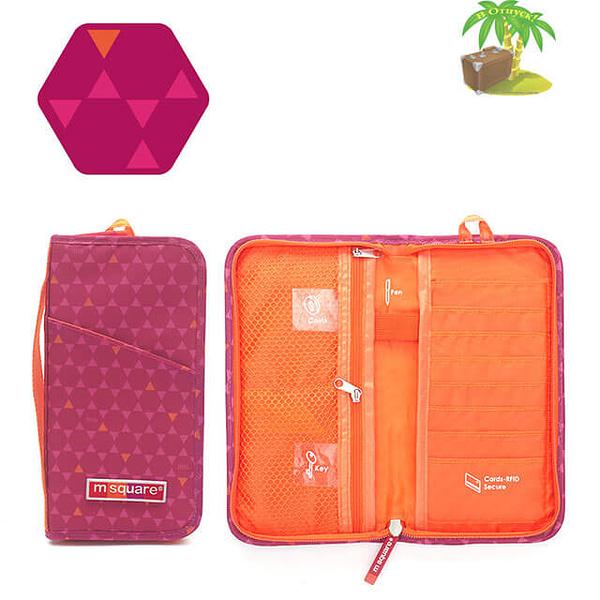 Фото паспортный органайзер в ромбик красный с разворотом. Товары для отдыха. Интернет-магазин В Отпуск