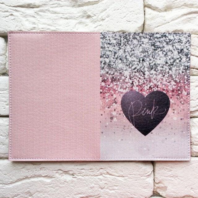 Фото разворот паспортной обложки Сияющее сердце Pink. Коллекция обложек для загранпаспорта Сердечки!